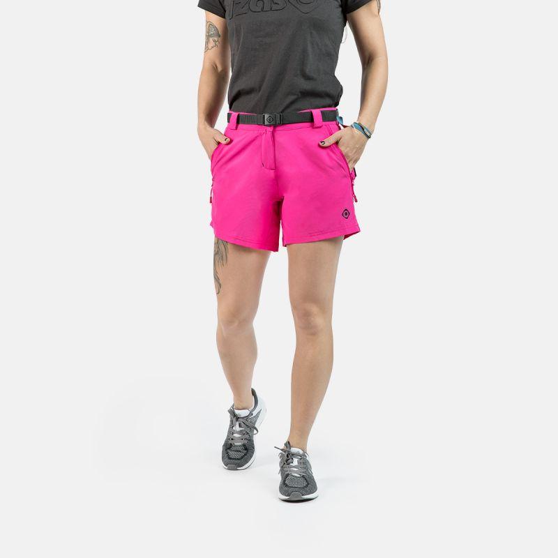 black woman trekking short pants ii kea