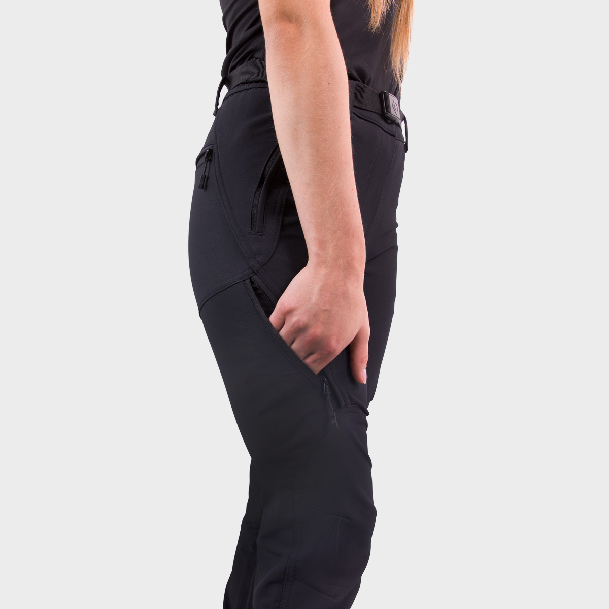 WOMAN'S VALLUNA STRETCH PANT BLACK